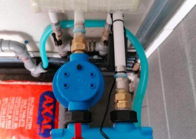 Dettaglio filtro Addolcitore cabinato per acque di acquedotto installato a Parma | SAE TECNOLOGY